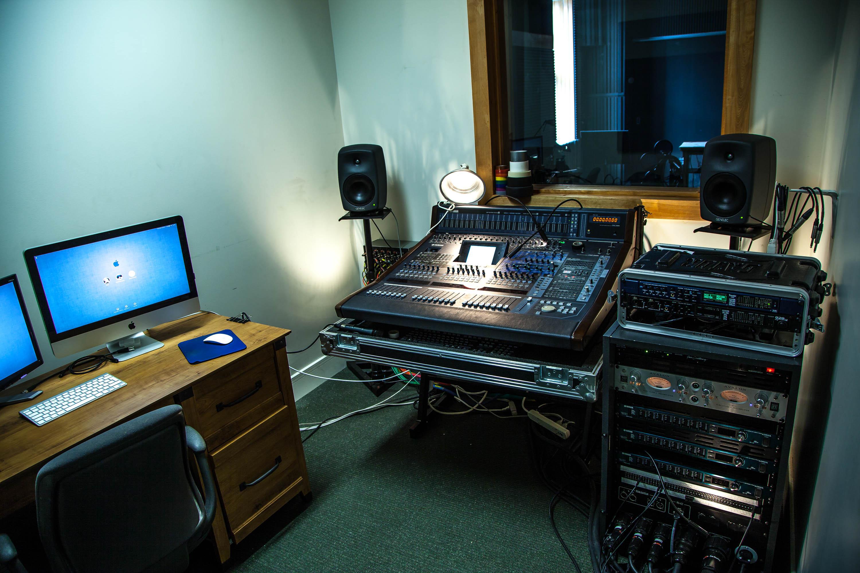 studio d enregistrement yves daoust bon spectacle pas cher. Black Bedroom Furniture Sets. Home Design Ideas